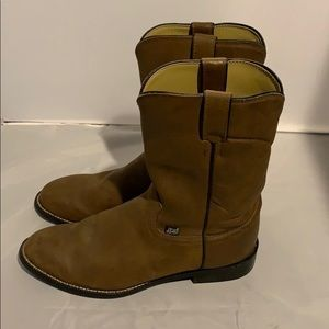 4d565750deb Justin Basics Brown Leather Boots 9 1/2D